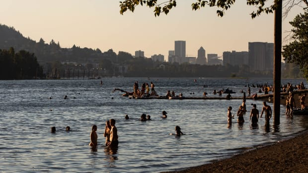 portland-heat-wave-sellwood-riverfront-park-2021-th