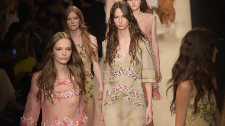 Watch the Alberta Ferretti Runway Show Live From Milan