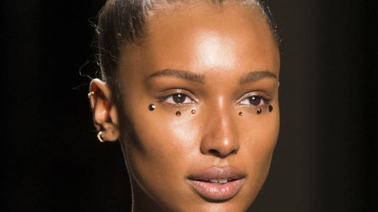 Glittery Magpie Eyes Are Trending on the Spring 2018 Runways