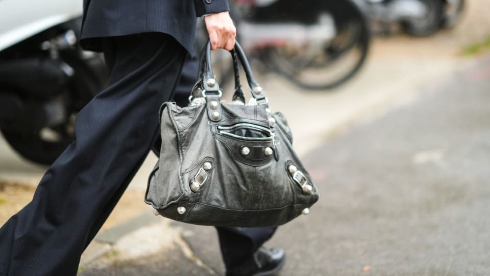 This Is How Luxury Resale Platforms Price Their Handbags