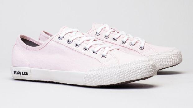 0667W_monterey_sneaker_pink_qtr_2048x2048.jpg