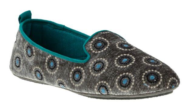 acorn-slippers-th.jpg