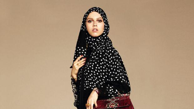 hp-dolce-gabbana-abaya-hijab.jpg