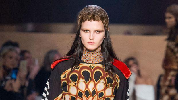 Givenchy%20RF16%202075.jpg