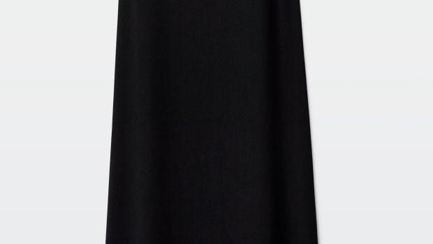 aritizia black dress.png