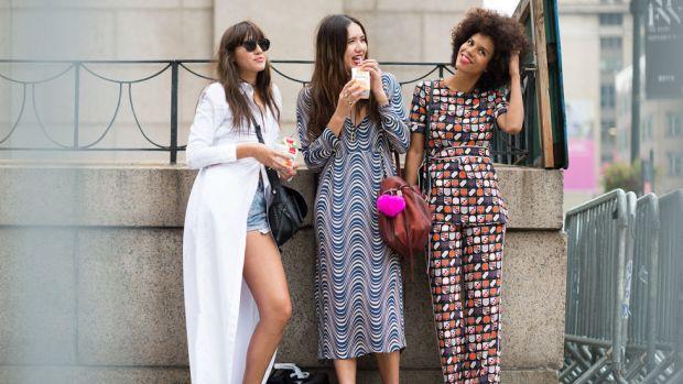 blogger girls.jpg