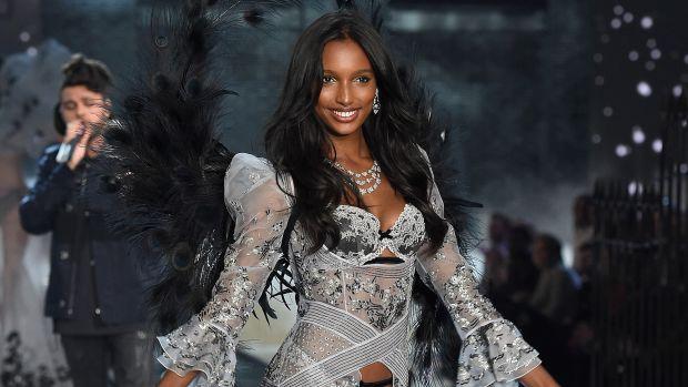 main-jasmine-tookes-2015-victorias-secret-fashion-show
