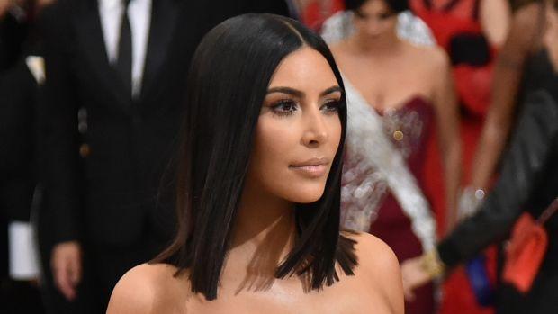 kim-kardashian-straight-hair-promo