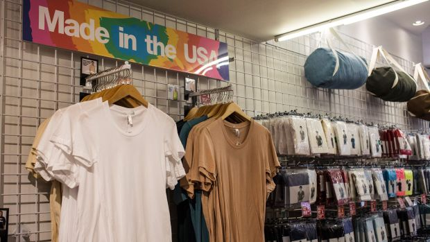 hp-thred-up-american-apparel