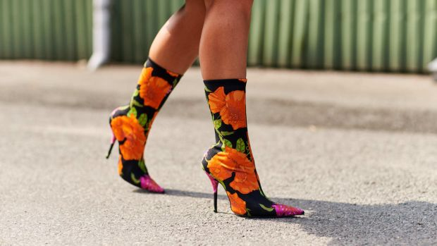 street-style-it-item-spring-2018-balenciaga-floral-boot