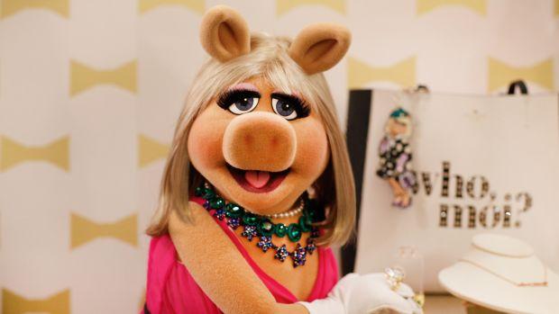 Miss-Piggy-KSNY-Portrait-Digital.jpg