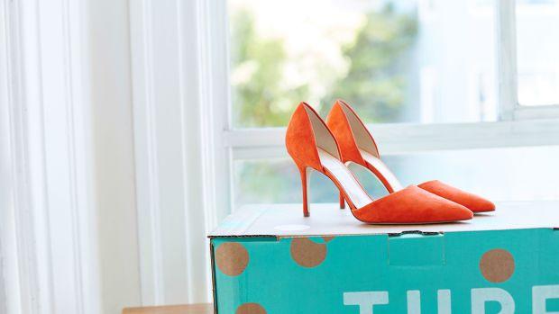 Shoes_thredUPbox crop