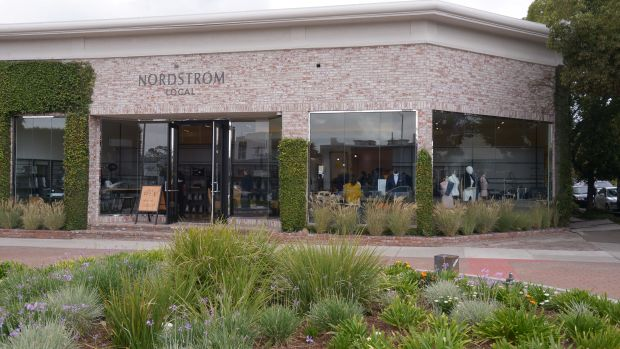 003_10-3-17 Nordstrom local