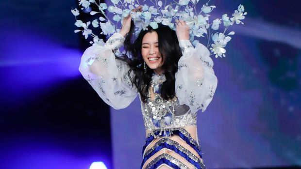 ming xi victorias secret fashion show fall copy