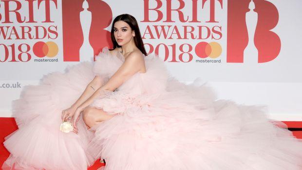 dua lipa brit awards 2018