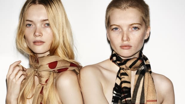 May and Ruth Bell in the Burberry Spring_Summer 2016 Campagin.jpg