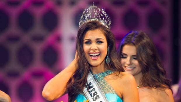 miss-teen-usa-th.jpg