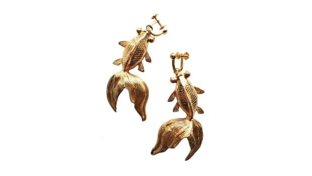 koi earrings amur