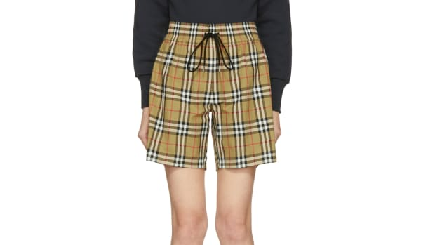 hp-burberry-beige-vintage-check-shorts