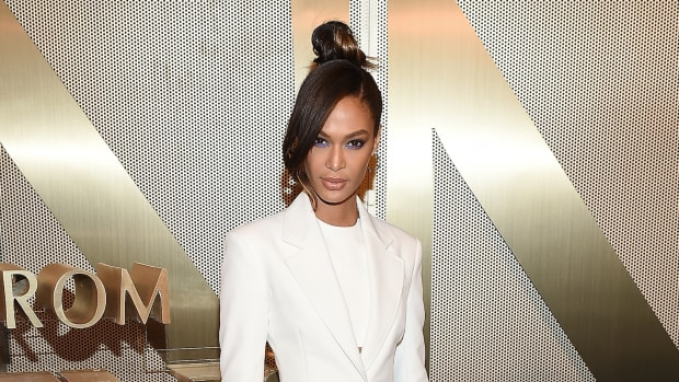 joan smalls spring outfit