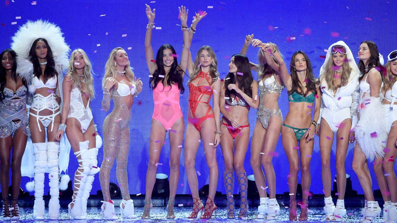 Victoria 39 s secret fashion show 2016 the full model lineup fashionista - Mannequin victoria secret 2016 ...