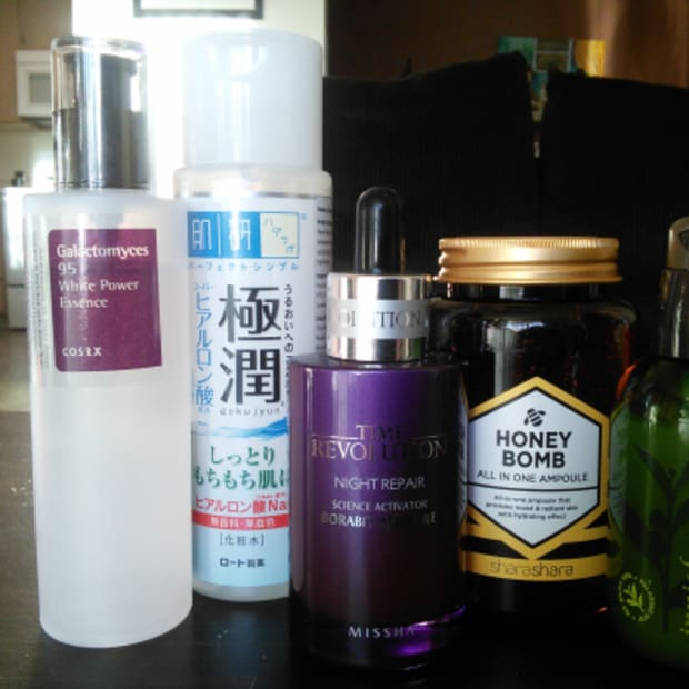 Korean Skincare: The Difference Between Serums, Essences & Ampoules