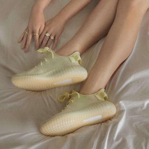 hp-kim-kardashian-kanye-west-yeezy-boost-350-v2-butter-campaign-7