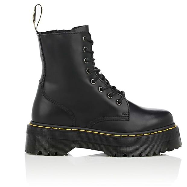 dr-martens-women-27s-jadon-leather-platform-ankle-boots