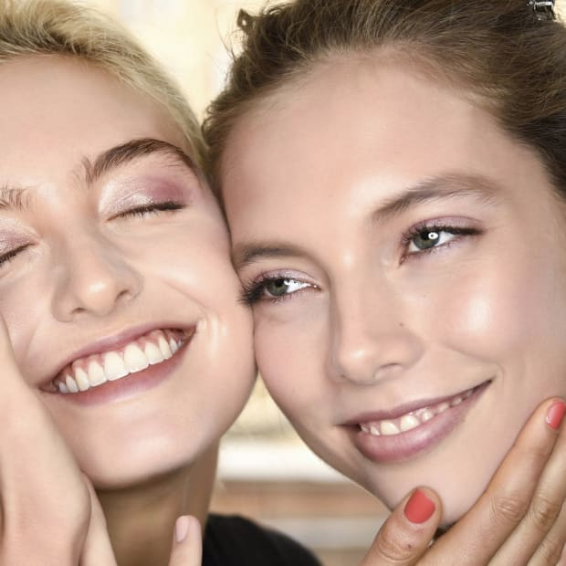 Are Face Scrubs Bad For Your Skin? A Guide to Physical vs  Chemical