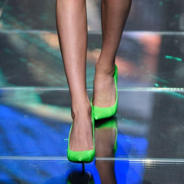 hp-shop-neon-bright-green-heels