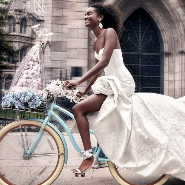 ines-di-santo-fall-2021-bridal-wedding-dress-camellia (1)