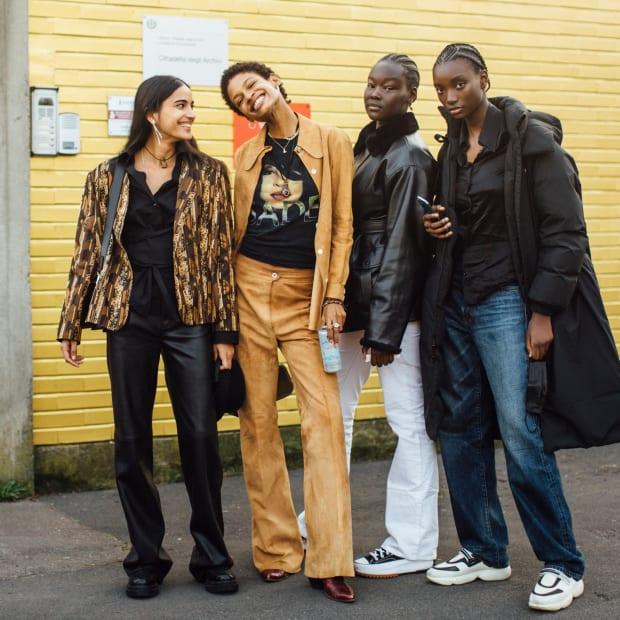 milan-fashion-week-fall-2021-street-style-34