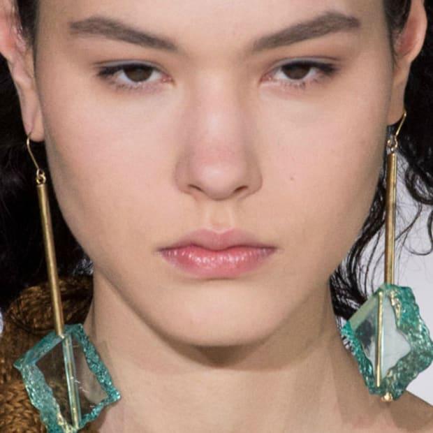 glass-earrings-shop