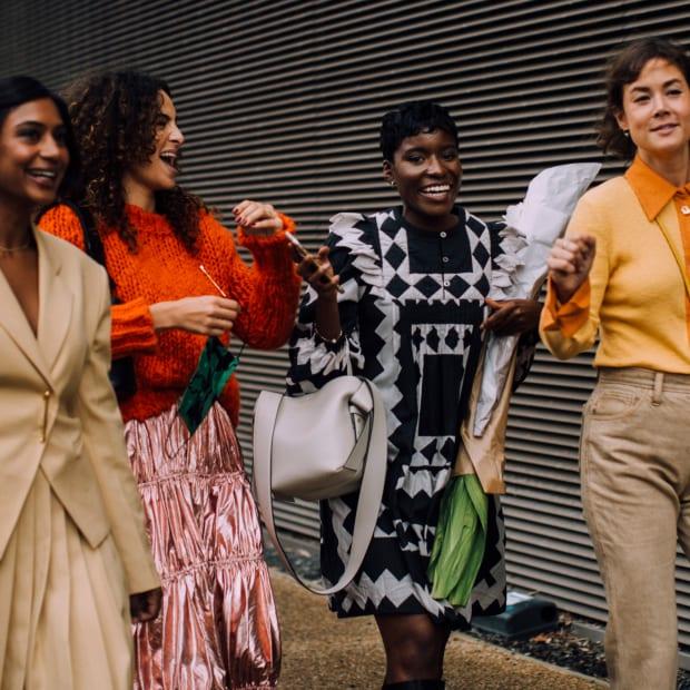 london-fashion-week-spring-2022-best-street-style