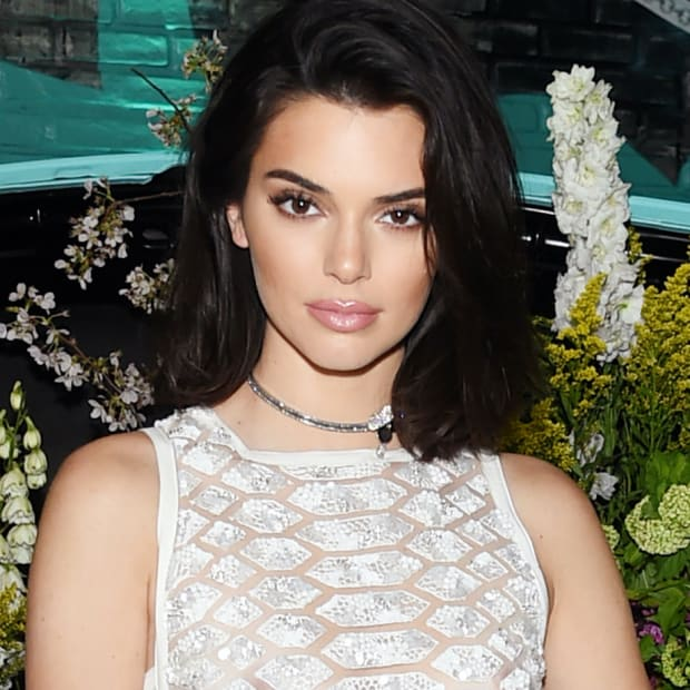 kendall-jenner-elie-saab-tiffany-co-paper-flowers-event-2018 copy