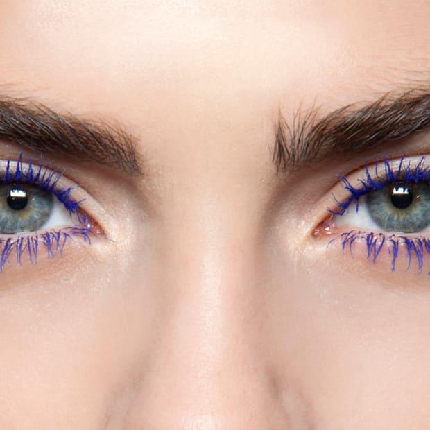 blue colorful mascara promo