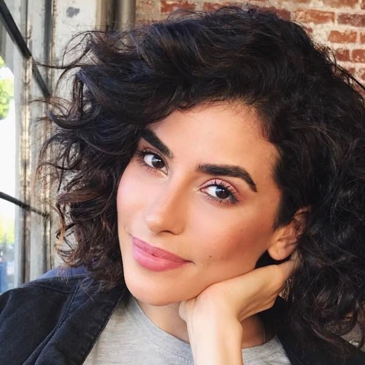How To Style A Blunt Bob When You Have Curly Hair Fashionista