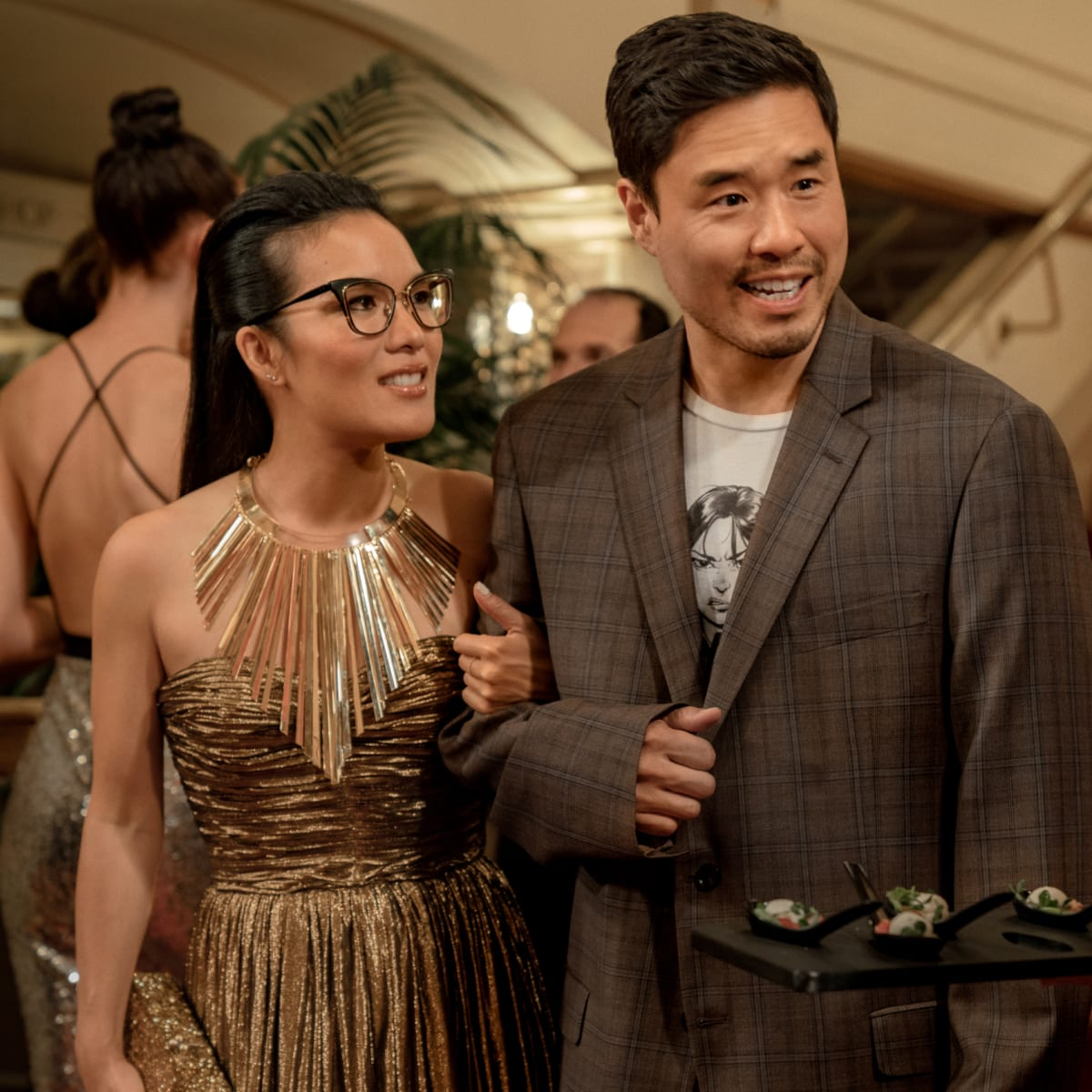 Ali Wong Wears The Row Isabel Marant And Michael Kors In Always Be My Maybe On Netflix Fashionista These information answers detailedly about what to visit in new york. ali wong wears the row isabel marant