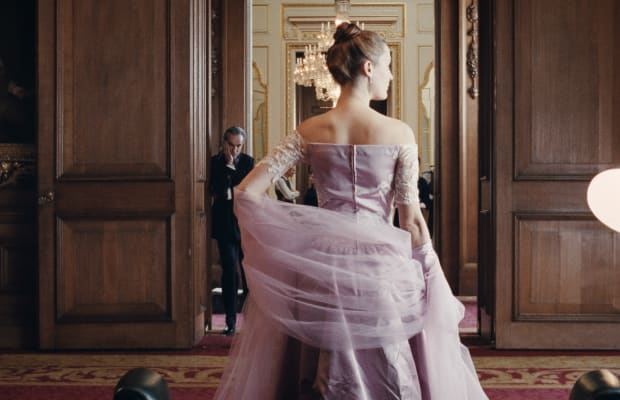 The 'Phantom Thread' Costume Designer Consulted With Daniel Day Lewis — in Character — on the Movie's Sumptuous Gowns