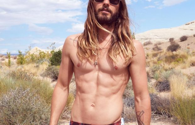 What does a never-aging vampire put in a fanny pack anyway? Photo: Twitter, @JaredLeto