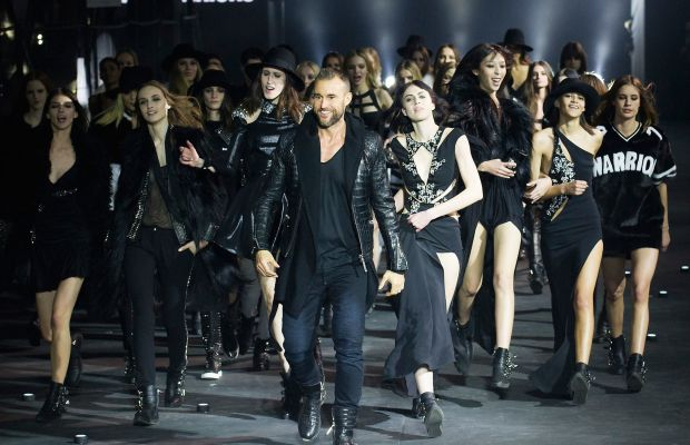 The designer and his models taking a victory lap. Photo: Imaxtree