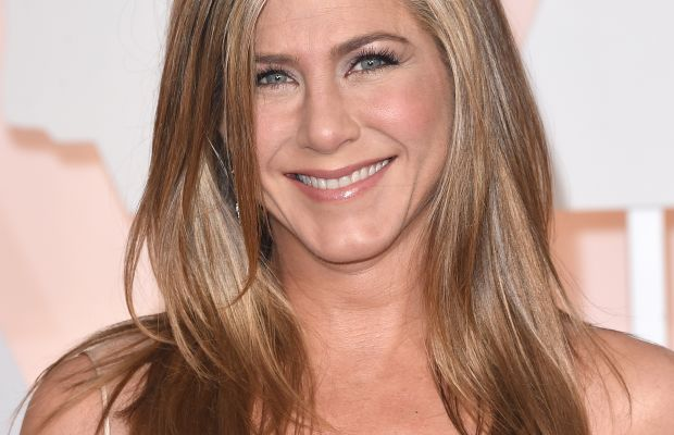 Jennifer Aniston and her signature hair at the Oscars. Photo: Jason Merritt/Getty Images