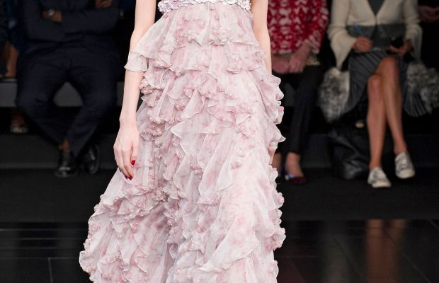A look from Alexander McQueen spring 2015. Photo: Imaxtree