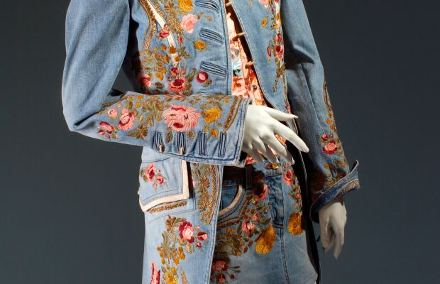 Roberto Cavalli spring 2003 embroidered denim ensemble. Photo: The Museum at FIT