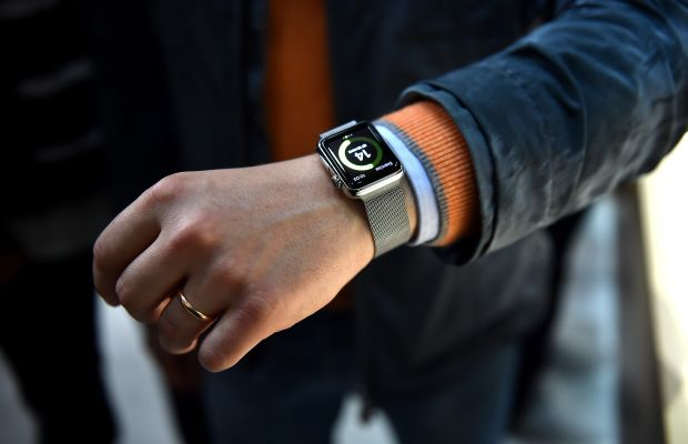 Apple Watch owners will be able to check in at fashion shows this season using GPS Radar's newly launched Apple Watch app. Photo by Jacopo Raule/Getty Images