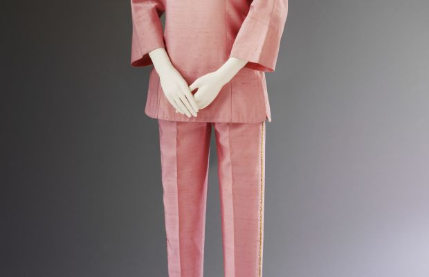 Irene Galitzine, silk palazzo pyjamas, ca. 1963. Courtesy Historical Archive Maison Galitzine. Photo © Victoria and Albert Museum, London