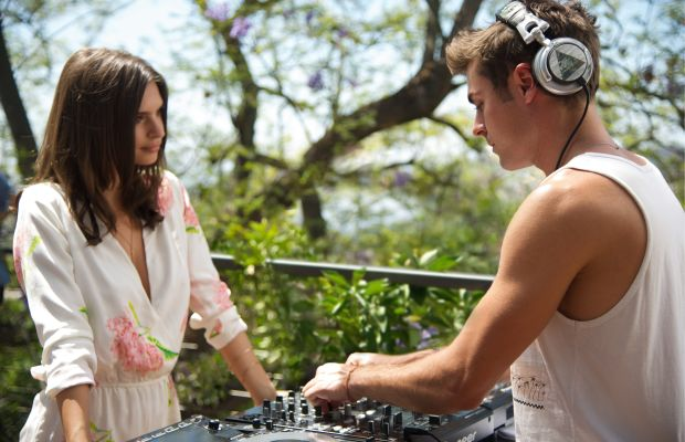 """Emily Ratajkowski and Zac Efron in """"We Are Your Friends."""" Photo: Anne Marie Fox/Warner Bros."""