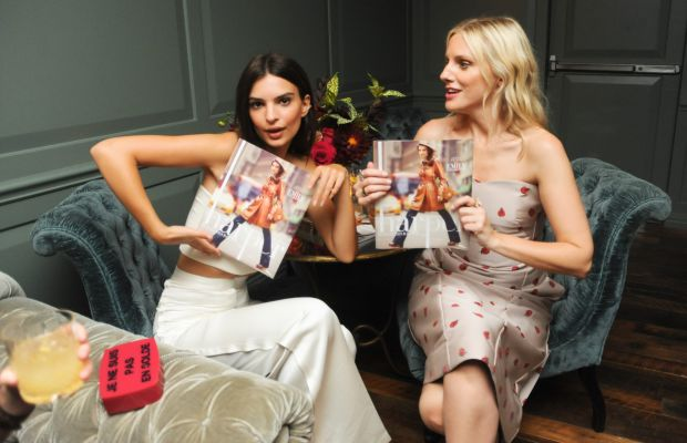 Ratajkowski models her guest-edited issue of 'Harper' while Laura Brown looks on. Photo: BFA