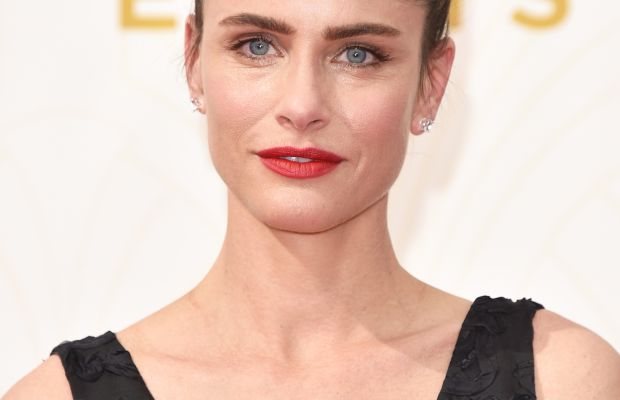Amanda Peet, wearing lip layers. Photo: John Shearer/Getty Images