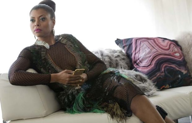 Cookie luxuriates and plots against Kimberly McDonald agate pillows. Photo: Fox